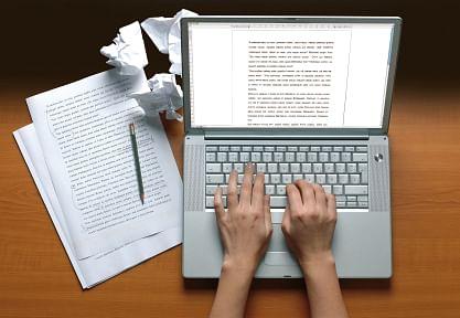 Blog : लेखन क्षेत्रातील करिअरसंधी