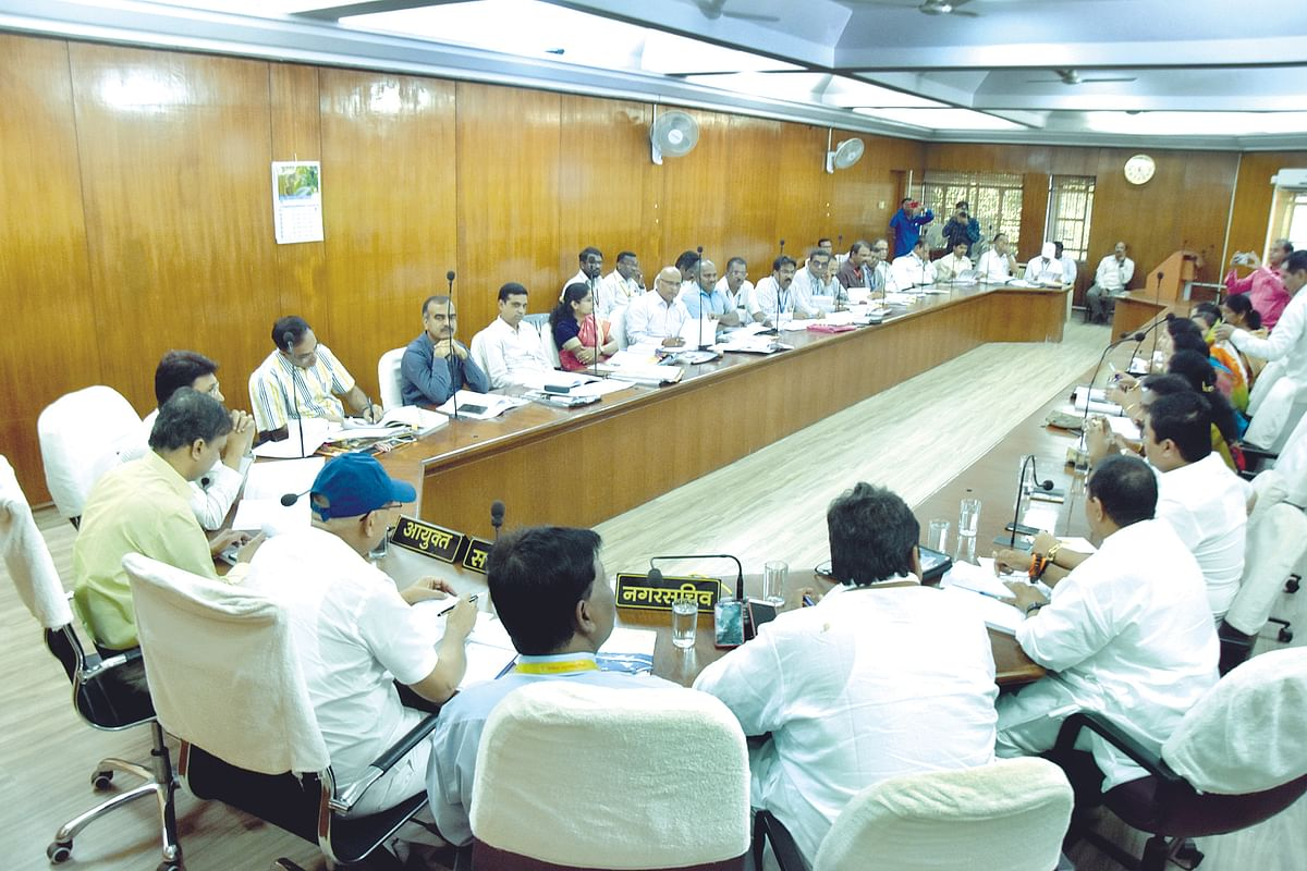 Standing committee hikes budget by Rs 200 crore