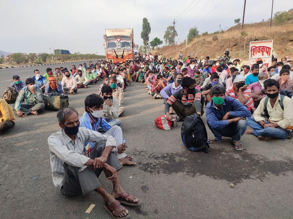 सहाशे प्रवाश्यांनी भरलेले पाच ट्रक नाशिकमध्ये पकडले; अंबड पोलिसांची कारवाई