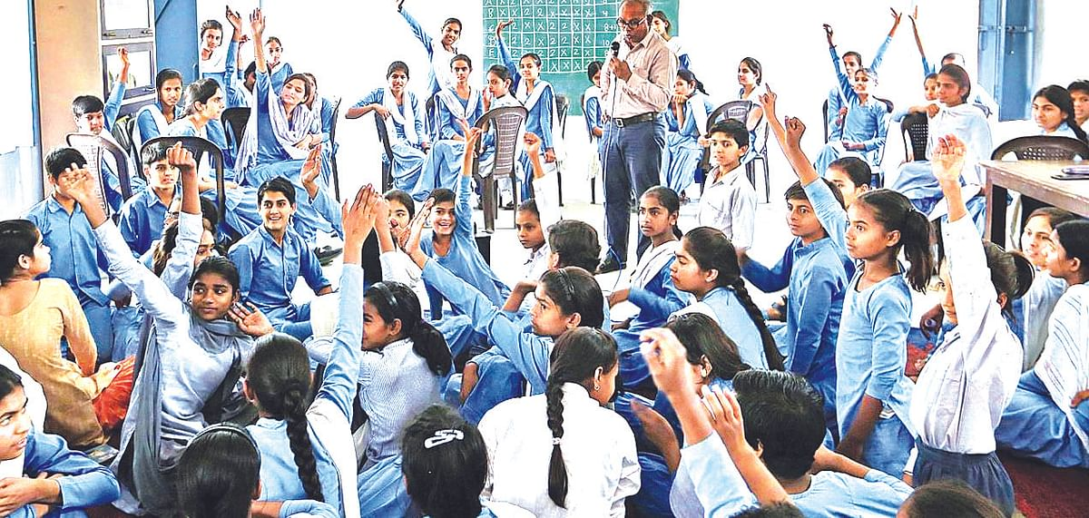 ADB to lend upto Rs 5K crore to upgrade education in Govt schools