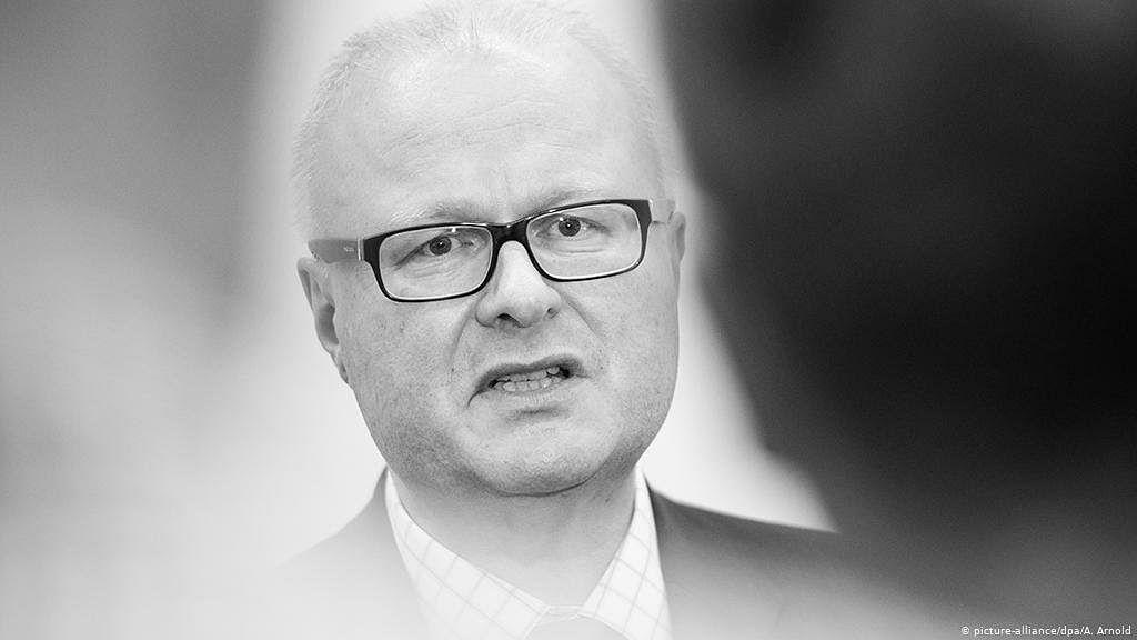 कोरोना – जर्मनीतील हेरे राज्याच्या राज्य अर्थमंत्र्यांची आत्महत्या.!