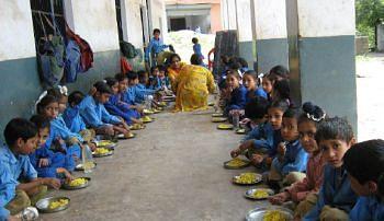 शालेय विद्यार्थ्यांना मिळणार पोषण आहाराचा शिधा !