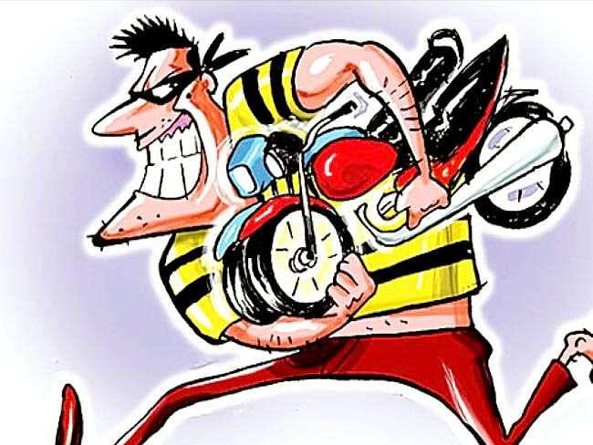 राहुरीतील व्यापार्याकडे आढळली चोरीची दुचाकी