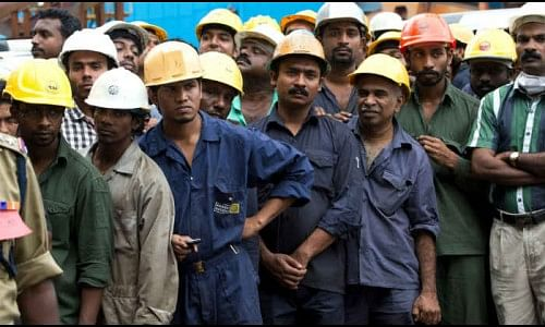 कोरोनाची भीती : जिल्हा मजूर संस्थाना कामगार मिळेनात!
