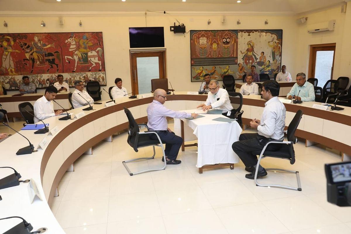 Covid-19 : ओडिशा सरकार उभारणार देशातील सर्वात मोठे रुग्णालय