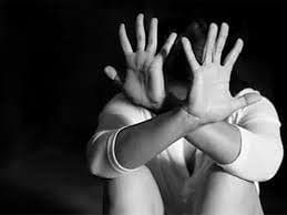 आदिवासी आश्रम शाळेतील सेविकेकडून लैंगिक छळाची तक्रार