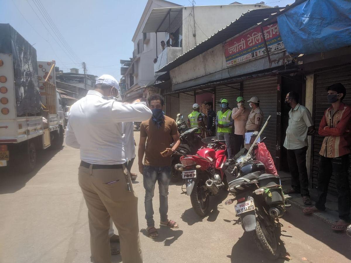 इगतपुरी : शहर पोलिसांकडून ७३ नागरिकांवर गुन्हे दाखल व दंडात्मक कारवाई