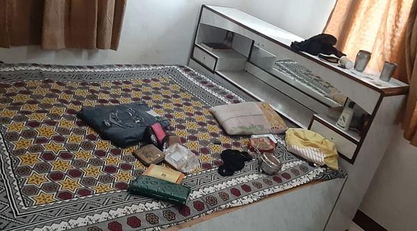 पाचोरा : करोना बाधीत आयसोलेट केलेल्या रूग्णाच्या घरी चोरी ; रोकड लंपास