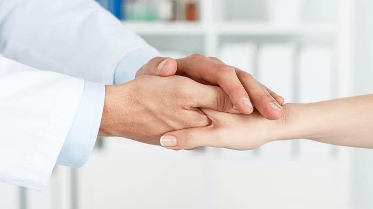 कोरोनाविरूद्धच्या लढाईसाठी मानसिक सक्षमता गरजेची; तज्ञ डॉक्टरांचे मत