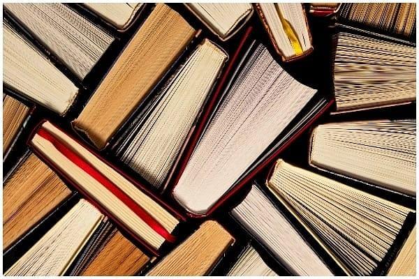 Blog – पुस्तकापेक्षा समाज माध्यमांचा प्रभाव वाढला