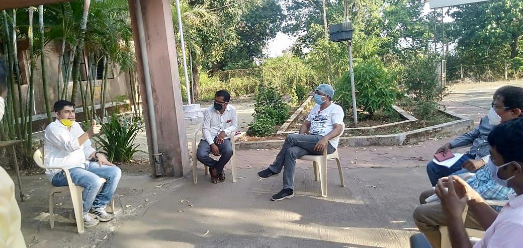 त्र्यंबकेश्वर : अंबोली परिसरातील नागरिकांनी घाबरण्याचे कारण नाही : डॉ. योगेश मोरे