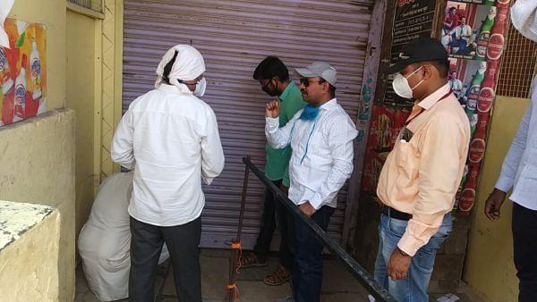 श्रीगोंदा शहरातील दारूच्या दुकानासह 15 दुकाने केली सील