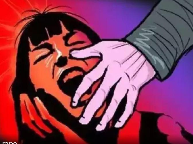 एका अल्पवयीन मुलीवर बलात्कार तर  दुसऱ्या अल्पवयीन मुलीचा विनयभंग