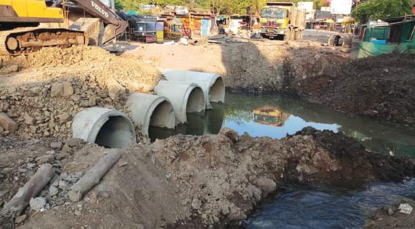 सोनईतील कौतुकी नदीवरील पुलाचे काम दर्जाहीन