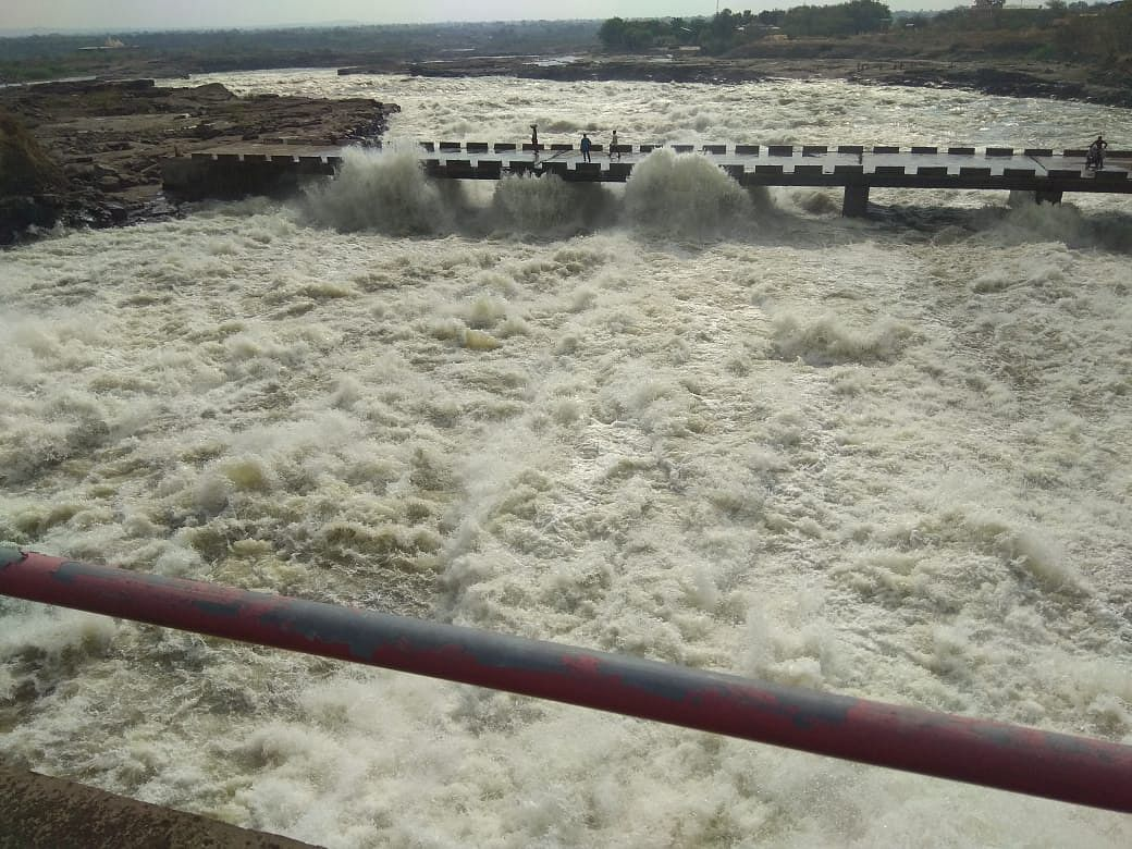 60 per cent rainfall of June average; Discharge from Nandur Madhyameshwar dam continues