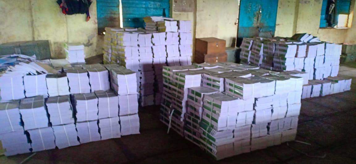 पेठ तालुक्यात यंदा बारा हजार विद्यार्थ्यांना मिळणार पाठ्यपुस्तके