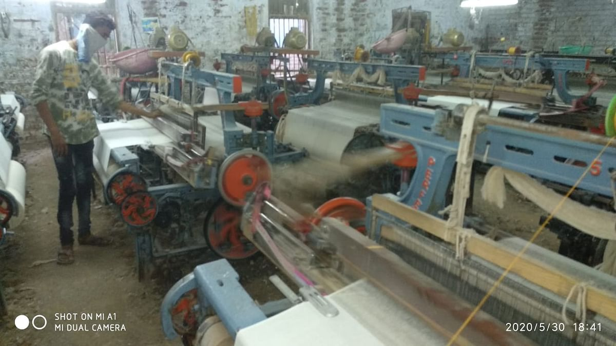 Powerlooms resume operations after 2 months; Committee formed to oversee functioning