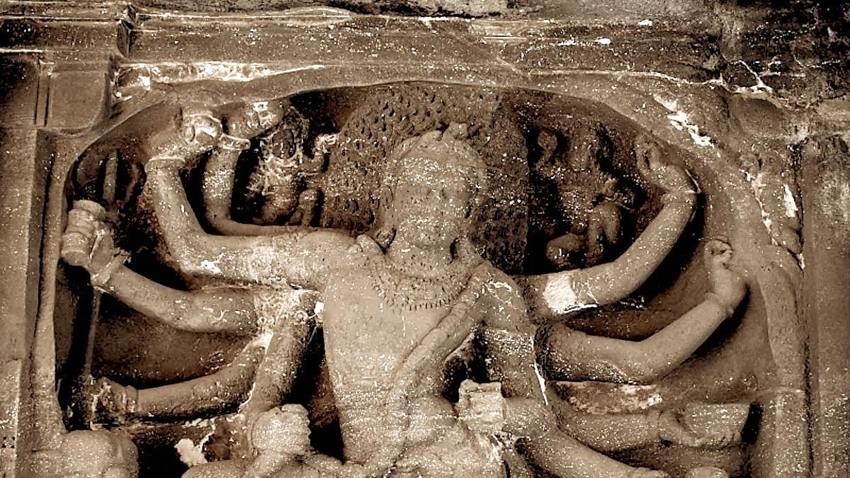 The Extraordinary Exercise Routine of Ratta-Kandarpadeva. Or How Hindus Finessed Their Kshatra