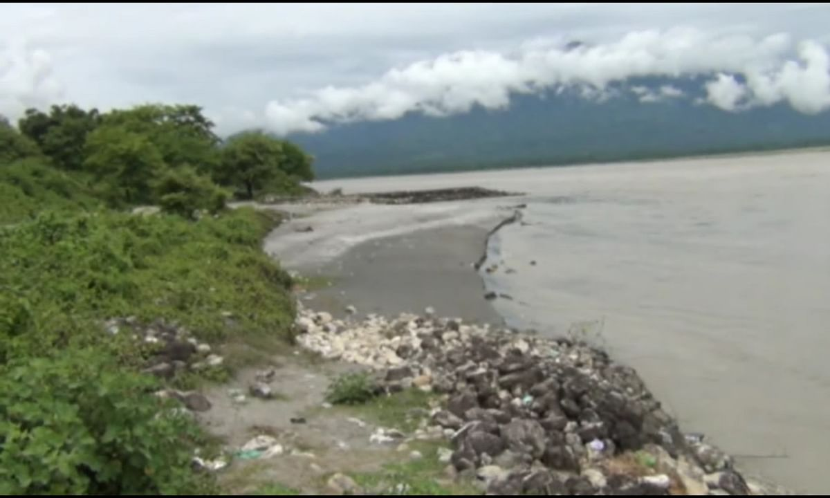 Siang river in Arunachal swells, dist admin issues alert