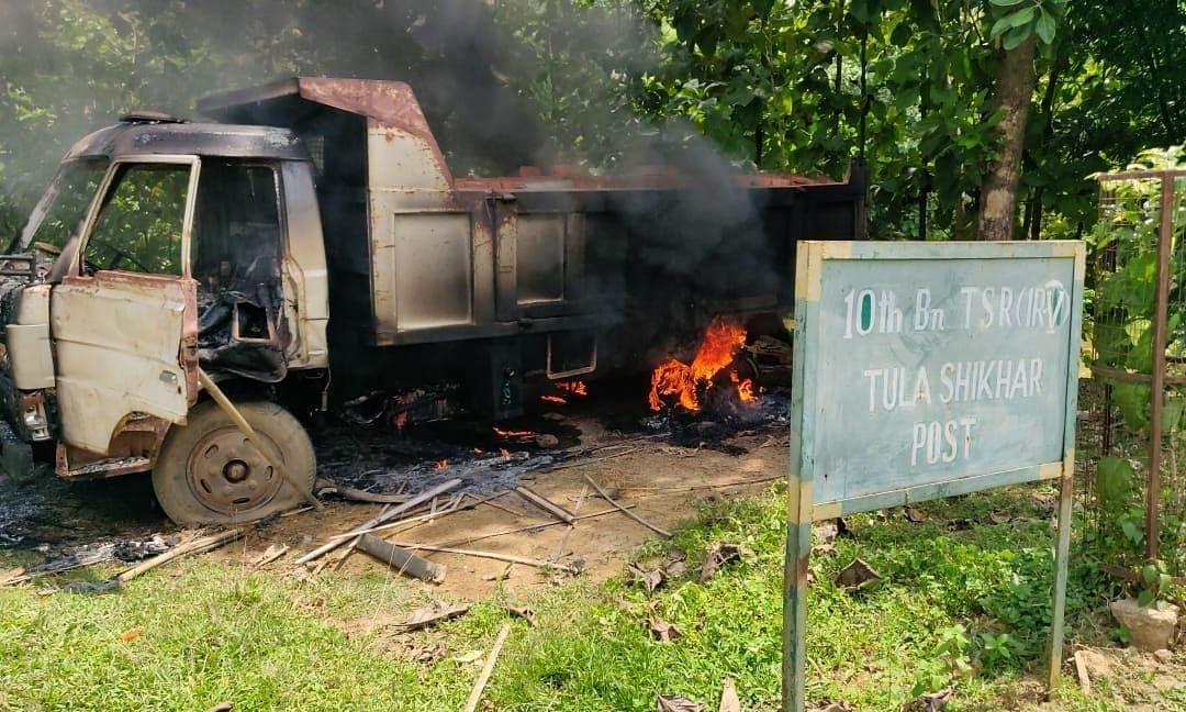 Tripura: Mob sets truck on fire, ransacks TSR camp after accident