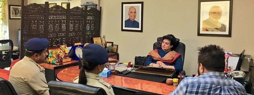 SPs of Darjeeling and Kalimpong failed to appear before the visiting NCW team, led by chairperson Rekha Sharma, for reasons best known to them; instead, they sent their junior officers to attend the hearing.