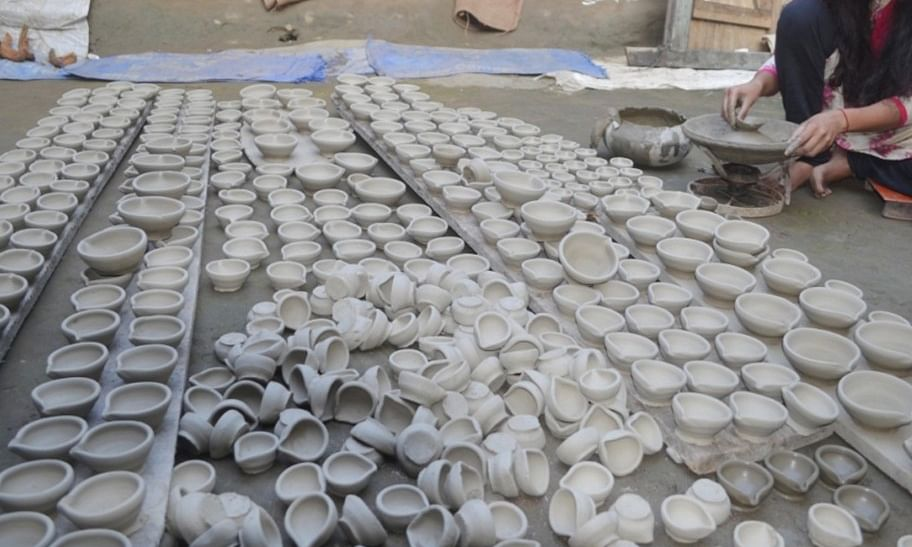 Assam: Erosion-hit Nazira potters pray for a miracle this Diwali