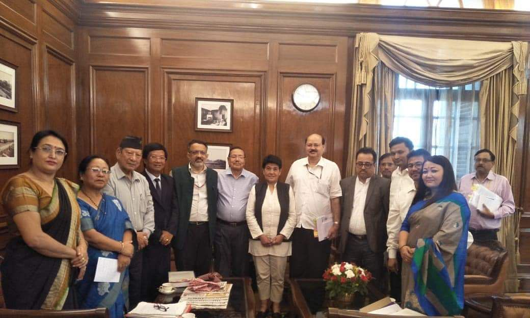 Gorkhaland issue: Home min to hold tripartite talks after Puja