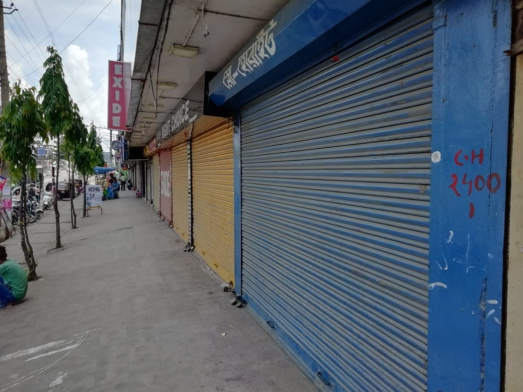 The accused made several attempts to break open the shutter of the shop but failed, as seen in CCTV footage