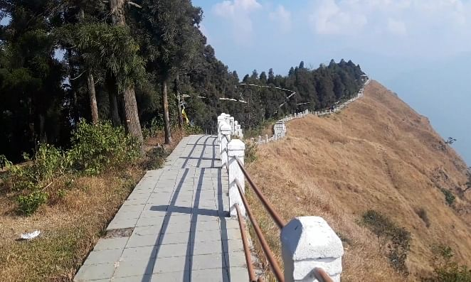 Sikkim: Get ready to be mesmerised by Tarey Bhir's divine beauty
