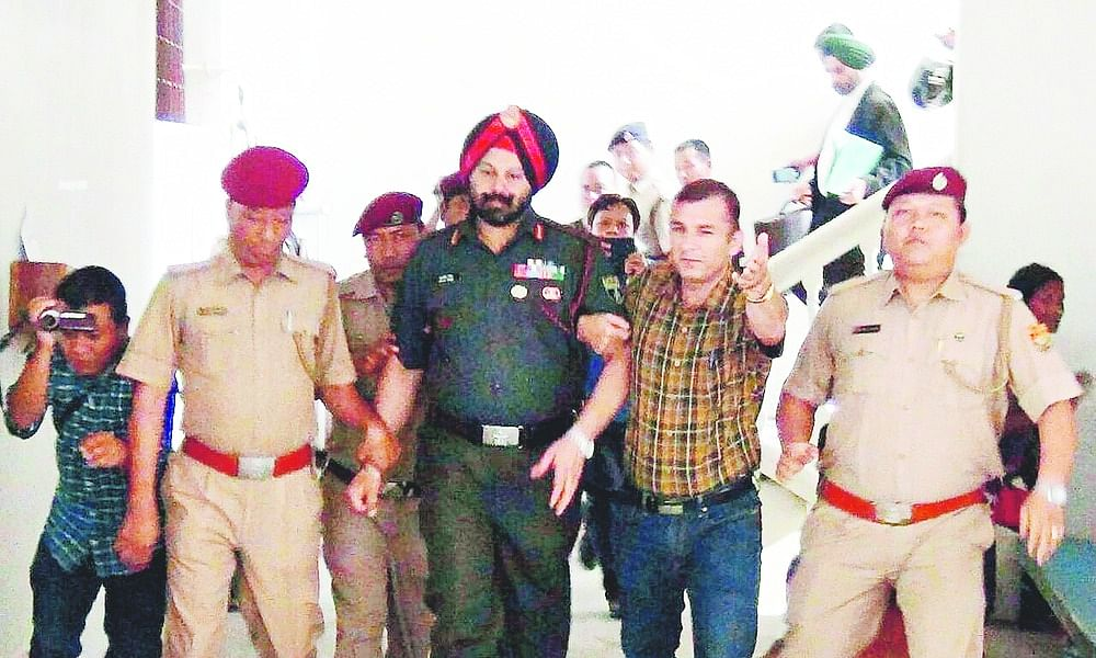 Mizoram police to soon file chargesheet in 2015 gold robbery case