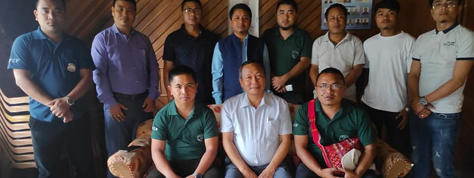 Rosik Mohan Chakma, CEM of Chakma Autonomous District Council, during an interaction with leaders of Mizo Zirlai Pawl at Chawngte in south Mizoram's Lawngtlai district
