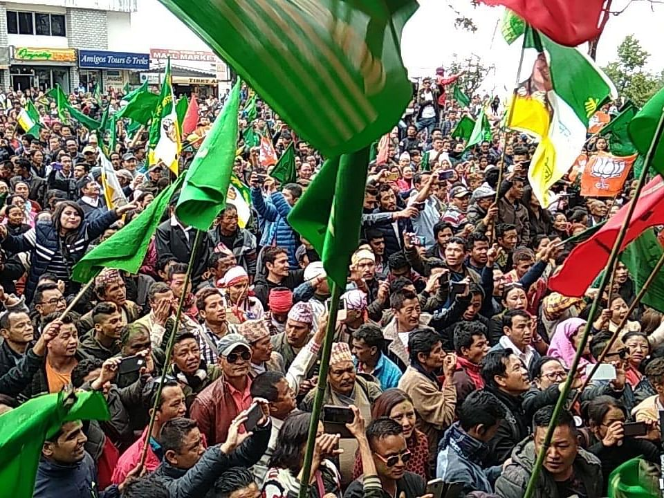 Polls: Gorkhas finding noble ways to overcome 'bias' in Darjeeling