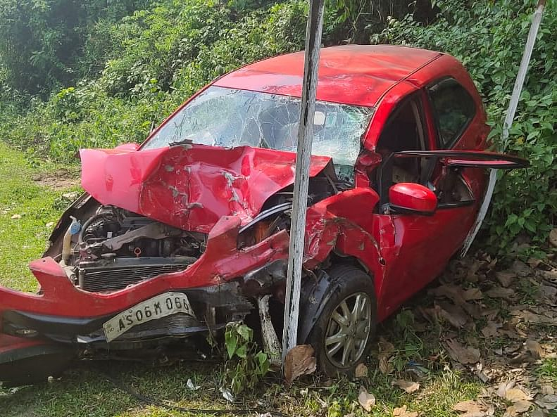 Assam: Dibrugarh couple killed in road mishap in Nagaon