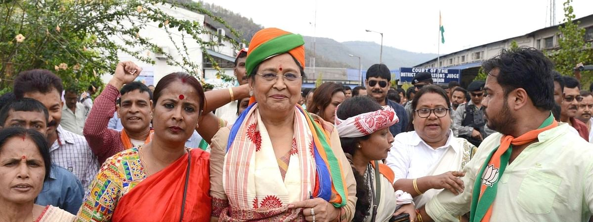 Queen Oja during her election campaign.