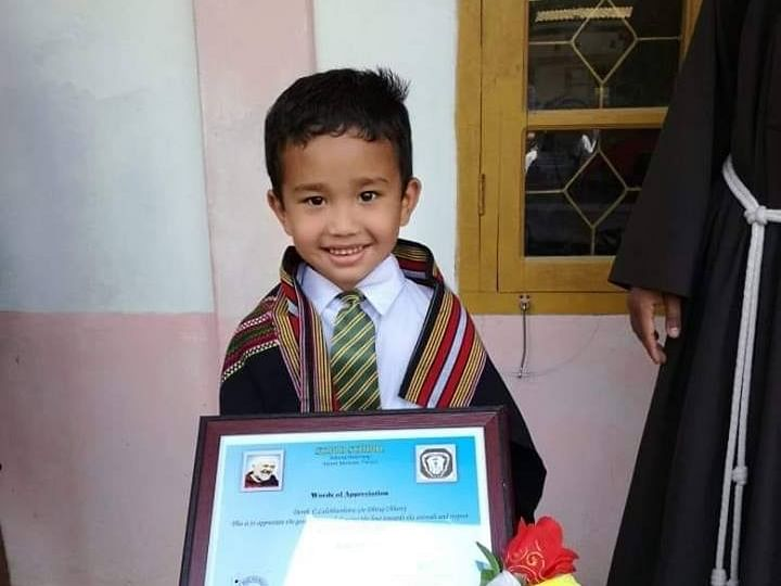 Mizoram kid who took hurt chick to hospital praised by school