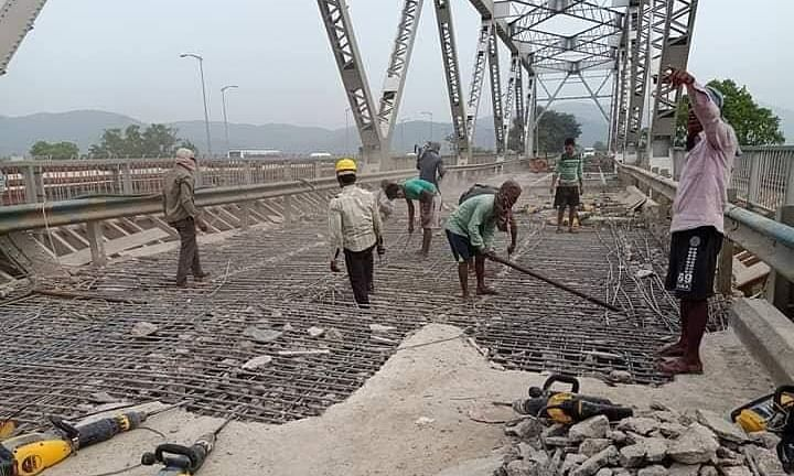 Assam: Speedy repair work on at old Saraighat bridge in Guwahati