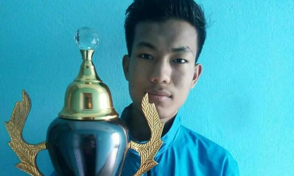 Sikkim boy Rahul Gurung lifts international chess trophy in Nepal
