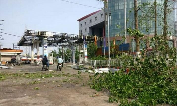 Centre releases Rs 1,000 cr for Cyclone Fani-hit states