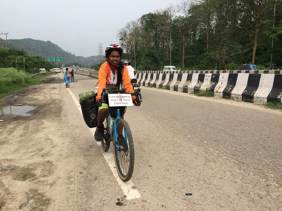 The young Maharashtrian cyclist is a graduate in microbiology from Maharashtra Udaygiri Mahavidyalaya in Latur district