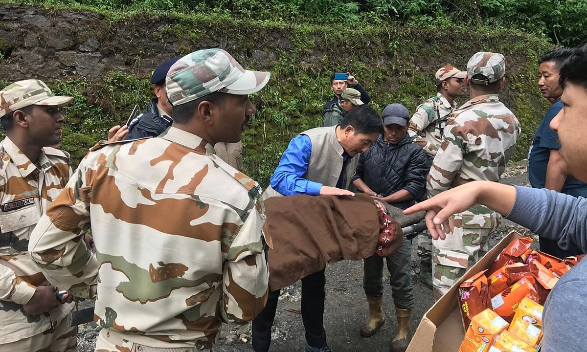 Sikkim cloudburst: 427 tourists safely evacuated from Lachen