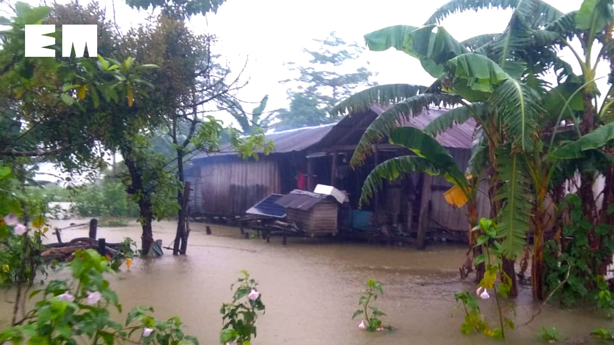 PHOTOS: Hundreds stranded in first wave of floods in upper Assam
