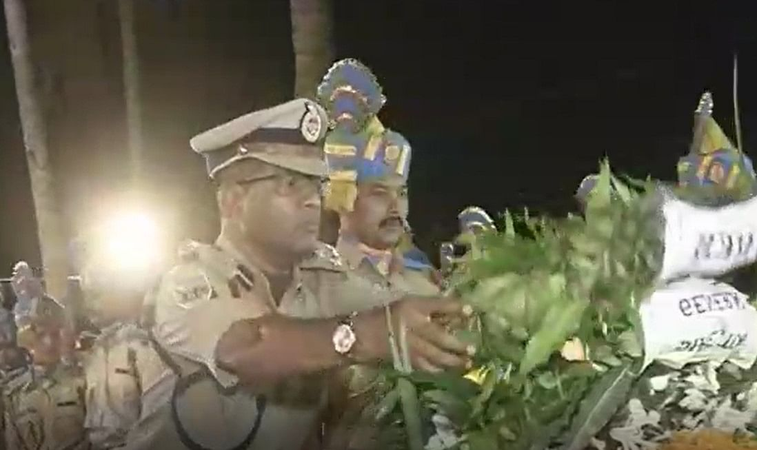 CRPF official pays floral tribute to slain ASI from Assam