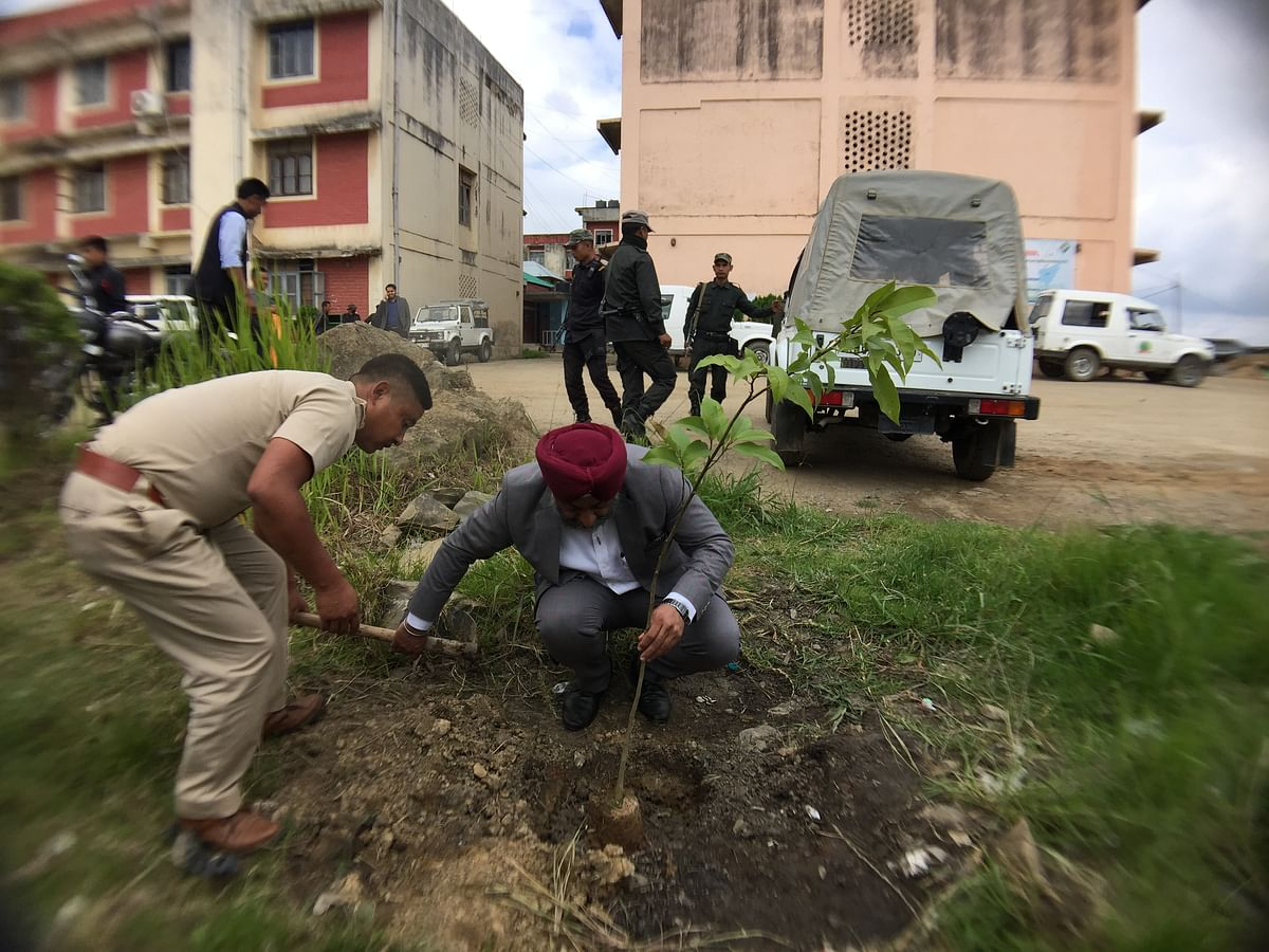 Ukhrul district DC Dr Harmit Singh Pahuja, IAS, planted a sapling Mini Secretariat on Wednesday
