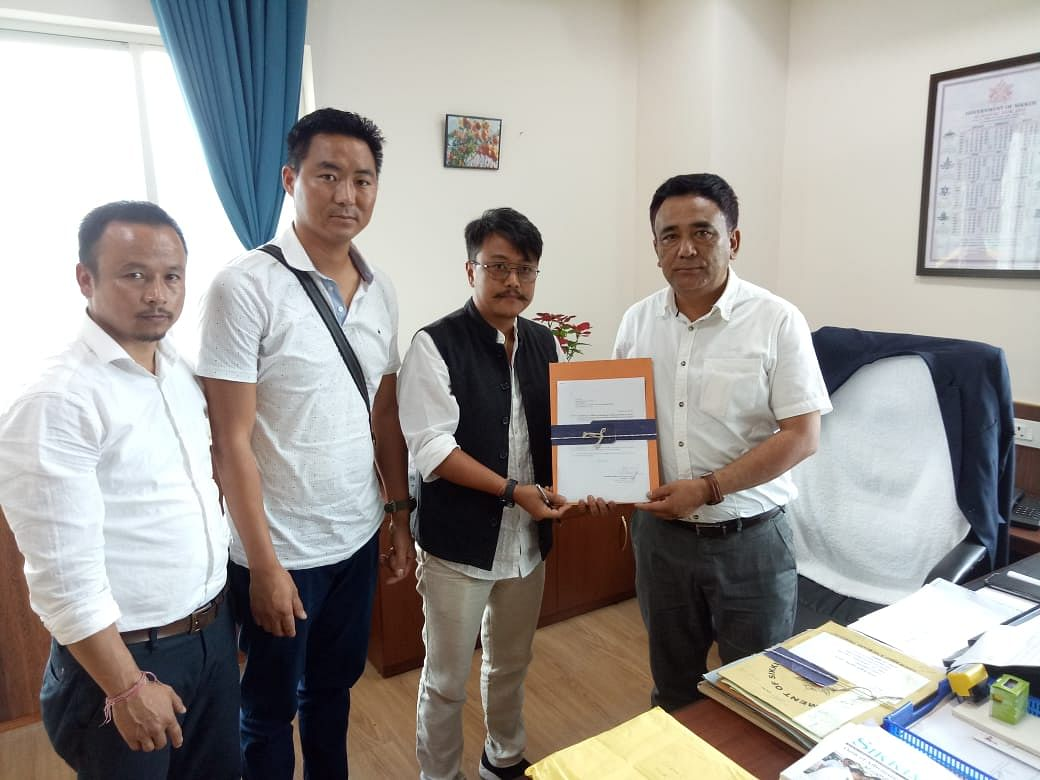Sikkim Ornithological Society members with Daramdin MLA and power minister Mingma Norbu Sherpa