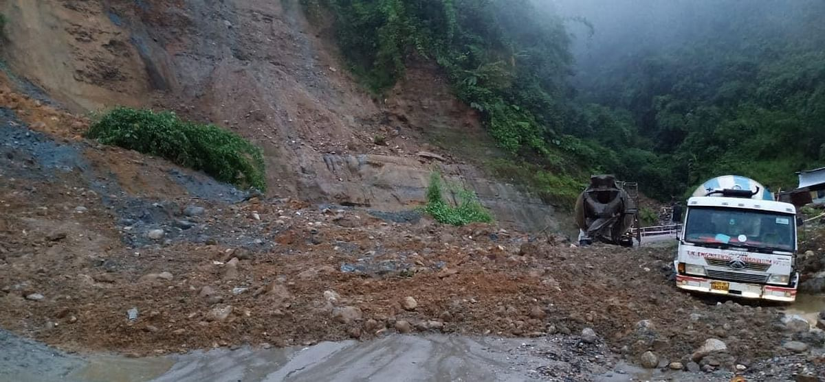 These dilapidated roads are not only dangerous for commuters, but are also a major factor behind the traffic chaos which Itanagar has been witnessing for some time now