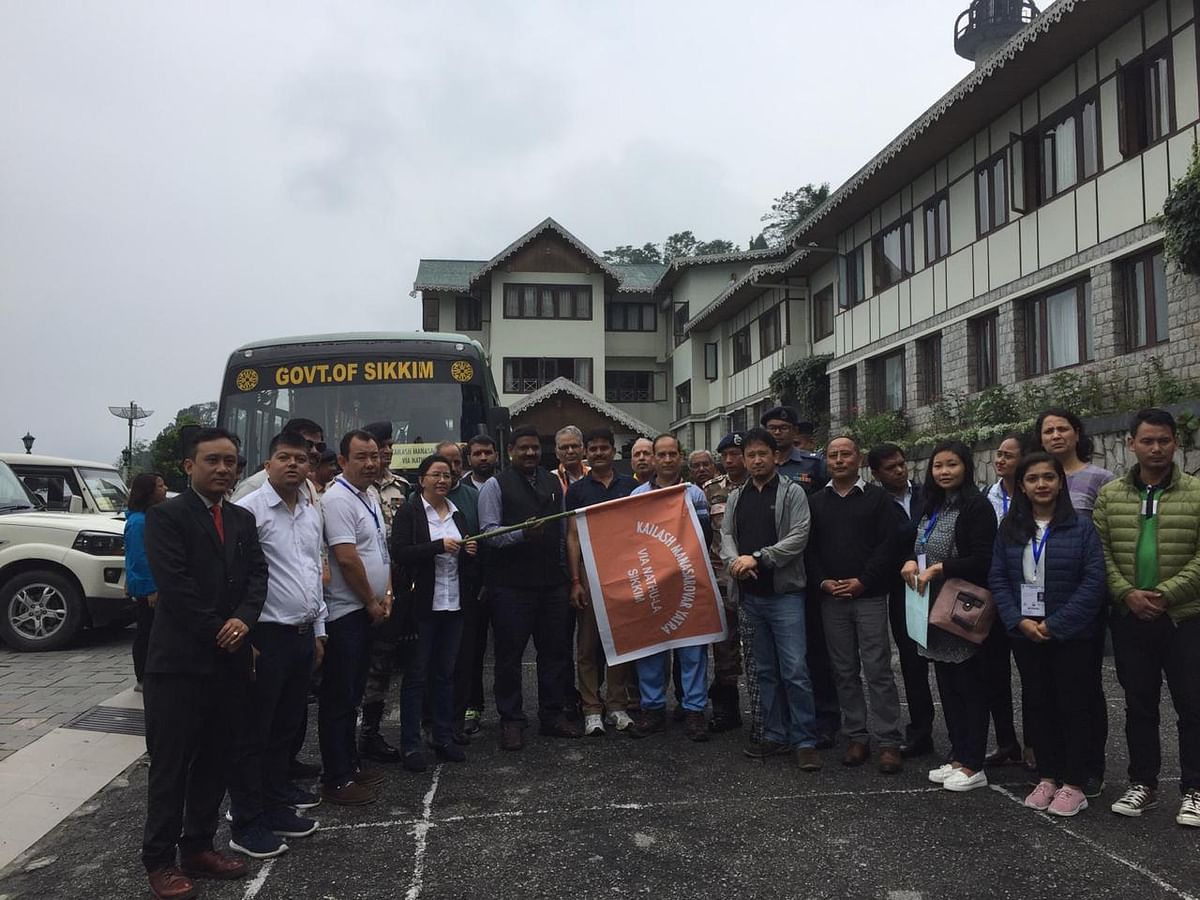 31 pilgrims to Kailash Mansarovar given warm send-off in Sikkim