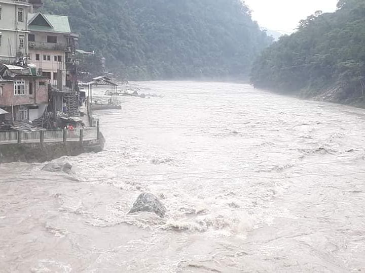 WATCH: Cloudburst in Sikkim, alert sounded in Chungthang, Lachen