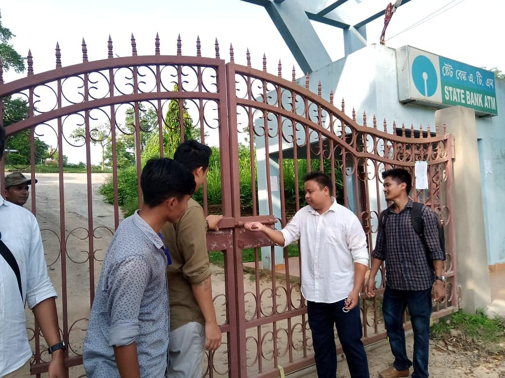 Assam University Diphu Campus gates open after 2 days of protest
