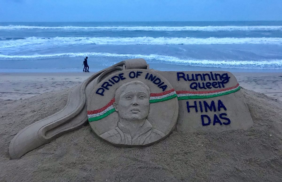 Noted sand Artist Sudarshan Pattnaik's tribute to sprinter Hima Das