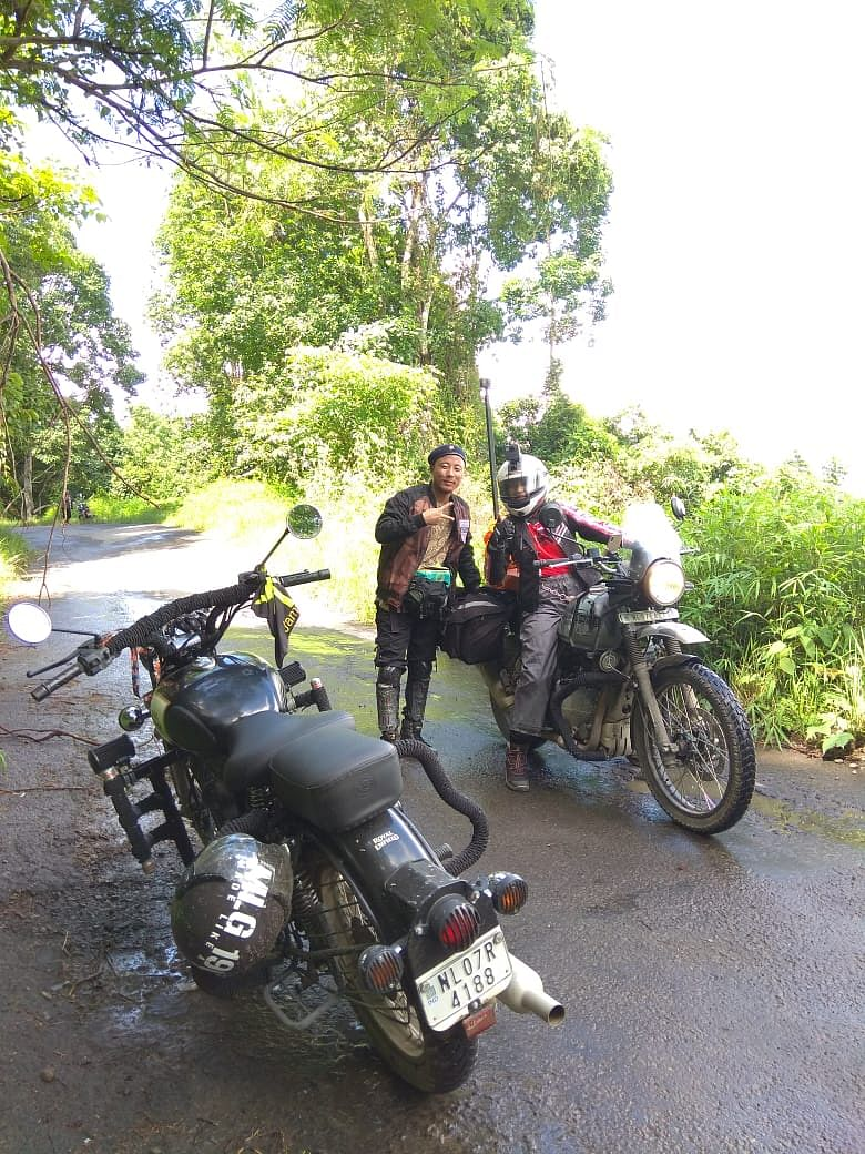 Onen Nenty being greeted by a fellow biker during the course of her solo journey across Nagaland